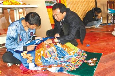 西藏特色文化产业助力精准扶贫