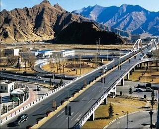 2018年西藏重点公路建设项目33个续建项目15个