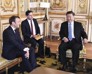 习近平同法国总统马克龙会谈